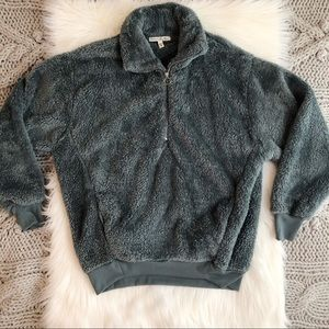 Green half zip fleece pullover